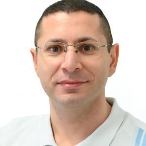 Mayir Aras (Dr. med. Oberarzt, FMH Allgemeine Innere Medizin)