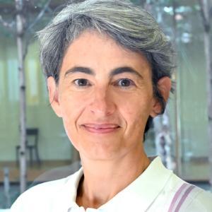 Isabelle Debecker (Wissenschaftliche Mitarbeiterin, SwiSCI-Studie / REACT-Studie)