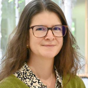 Karin Hediger (Dr.phil., Leitung Forschungsgruppe, Tiergestützte Therapie)