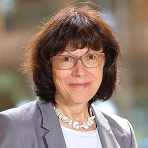 Claudia Frey (Leitung Finanzen/Administration)