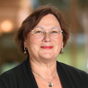 Margret Hund-Georgiadis (PD Dr. med. Chefärztin und medizinische Leiterin, FMH Neurologie)