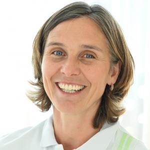 Gisela van der Weijden (Leiterin Tiergestützte Therapie)
